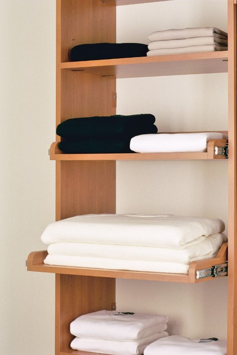 Pull-Out Sweater Shelf
